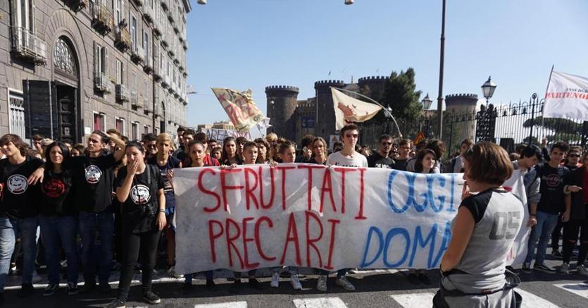 Istat, 4 giovani su 10 pronti a trasferirsi per trovare lavoro